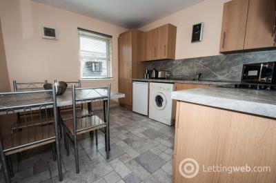 Property to rent in Mount Street, Rosemount