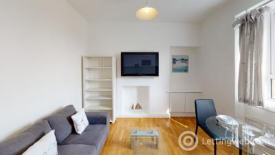 Property to rent in Abbey Place, Aberdeen