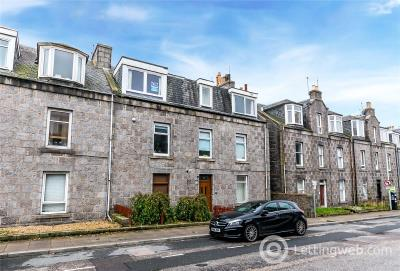 Property to rent in 17 Lamond Place, Aberdeen, AB25