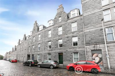 Property to rent in Flat 2, 59 Baker Street, Aberdeen, AB25