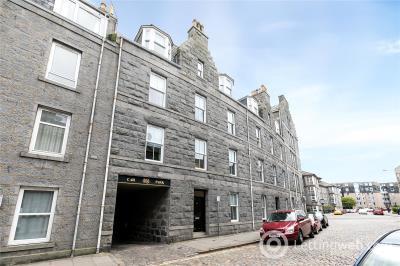 Property to rent in Flat 2, 57 Baker Street, Aberdeen, AB25