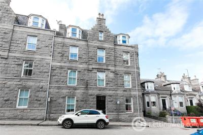 Property to rent in Flat 1, 44 Gilcomston Park, Aberdeen, Aberdeenshire, AB25