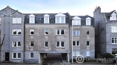 Property to rent in 61e Whitehall Place, Aberdeen, AB25