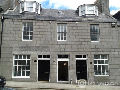 Property to rent in 51E Marischal Street, Aberdeen, AB11