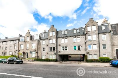 Property to rent in 634B Holburn Street, Aberdeen, AB10