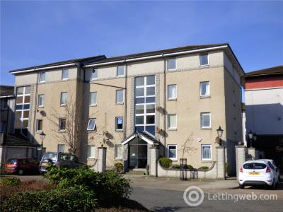 Property to rent in 92 Bloomfield Court, Aberdeen, AB10