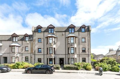 Property to rent in 22 Farmers Hall, Aberdeen, AB25