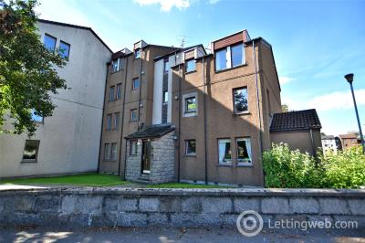 Property to rent in 7 Headland Court, Aberdeen, AB10