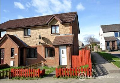 Property to rent in 14 Loirston Court, Cove Bay, Aberdeen, AB12