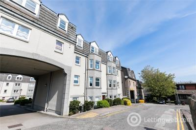 Property to rent in 60 Margaret Place, Aberdeen, AB10