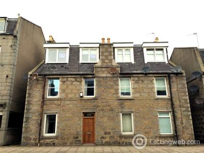 Property to rent in 552 Great Western Road, Aberdeen, AB10