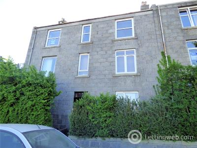 Property to rent in 8a Bedford Road, Aberdeen, AB24