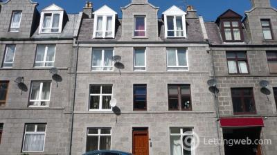 Property to rent in 42H Walker Road, Aberdeen, AB11