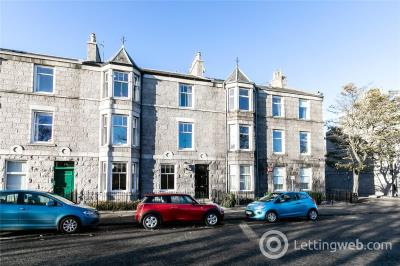 Property to rent in First Floor, 16 Whitehall Place, Aberdeen, AB25
