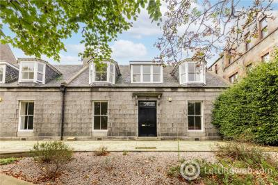 Property to rent in 17 Spital, Aberdeen, AB24