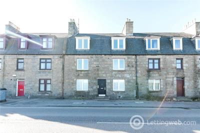 Property to rent in Flat C, 126 Auchmill Road, Bucksburn, Aberdeen, AB21
