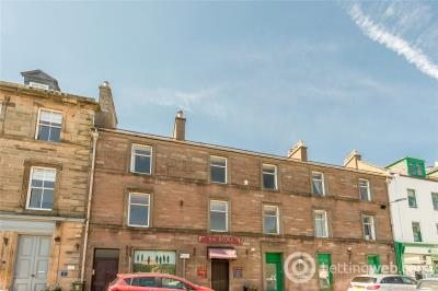 Property to rent in 25B Wellmeadow, Blairgowrie, Perth and Kinross, PH10