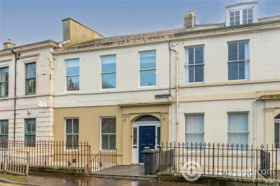 Property to rent in 1/1, 15 King Street, Dundee, DD1