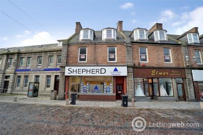 Property to rent in Flat 5, 7 Chapel Street, Peterhead, AB42