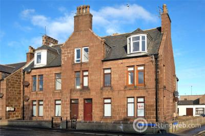 Property to rent in Flat A, 1 Hay Crescent, Peterhead, AB42