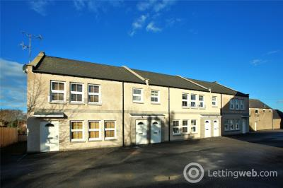 Property to rent in 7 The Stables, The Square, Mintlaw, AB42