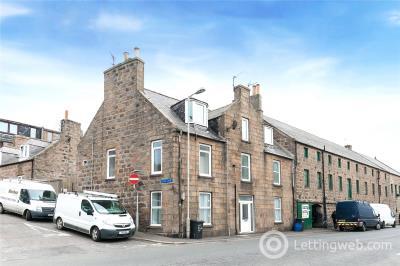 Property to rent in 11C Love Lane, Peterhead, AB42