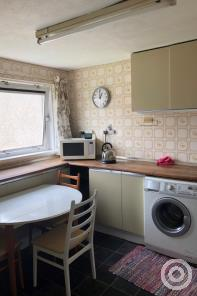 Property to rent in oxgangs avenue, Oxgangs, Edinburgh, eh139hz