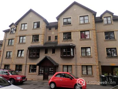 Property to rent in Raeburn Court