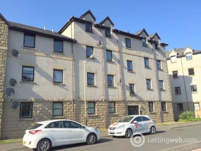 Property to rent in Coach House Court, Riggs Road