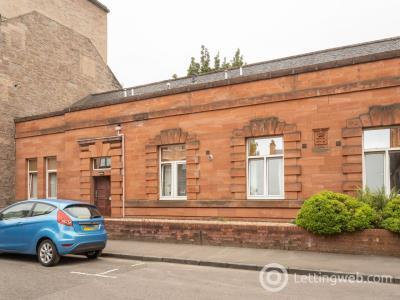Property to rent in 15 Alexandra Street,