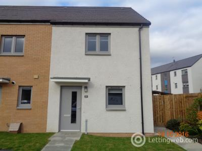Property to rent in Huntly Crescent, Stirling