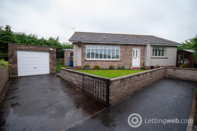 Property to rent in School Road, Arbroath, Angus, DD11 2LU