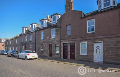 Property to rent in Hill Street, Montrose, Angus, DD10 8AZ
