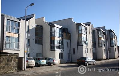Property to rent in Mid Street, Bathgate, Bathgate