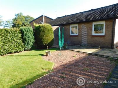 Property to rent in East Bankton Place, Murieston, Livingston