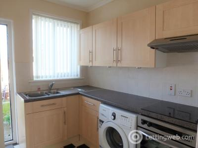 Property to rent in Wingate Avenue, Dalry, Ayrshire, KA24