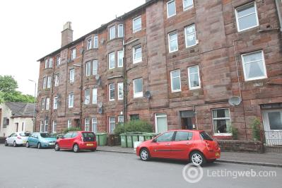 Property to rent in 10 Meadowbank Street, West Dunbartonshire, G82 1SD