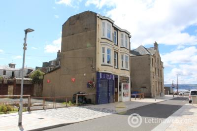 Property to rent in 1/1, 10 Colquhoun Street, Helensburgh, G84 8AJ