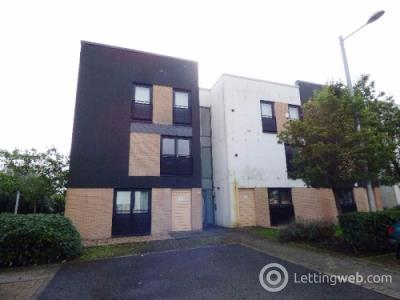 Property to rent in 17 Firpark Close, Dennistoun, Glasgow, G31