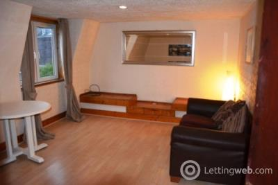 Property to rent in Charles Street, City Centre, Aberdeen, AB25
