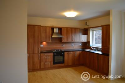 Property to rent in New Mart Place, Slateford, Edinburgh, EH14
