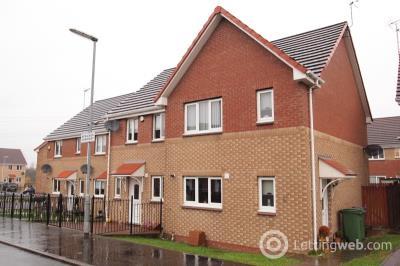 Property to rent in Strachur Crescent, Lambhill, Glasgow North, G22