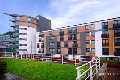 Property to rent in 5 Firpark Court, Dennistoun, Glasgow, G31