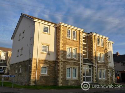 Property to rent in 27 Falkirk Road, LARBET, FK5