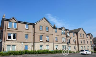 Property to rent in Kerse Place, FALKIRK, FK1