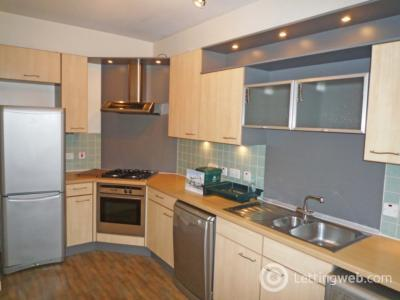 Property to rent in Balmoral Square, Great Western Road, AB10 6QE