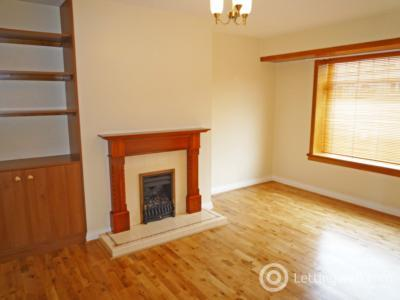 Property to rent in 18 Primrosehill Place, AB24 4ES