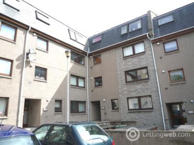 Property to rent in 27 Urquhart Terrace, Aberdeen, AB24 5NG