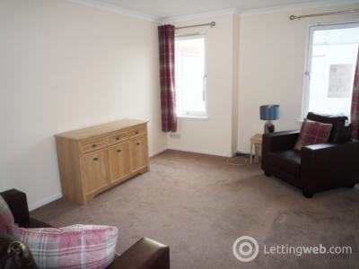 Property to rent in 70 Bloomfield Court, Aberdeen, AB10