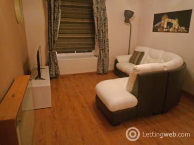Property to rent in Flat 8, 12 - 14 Exchange Street, AB11 6PH